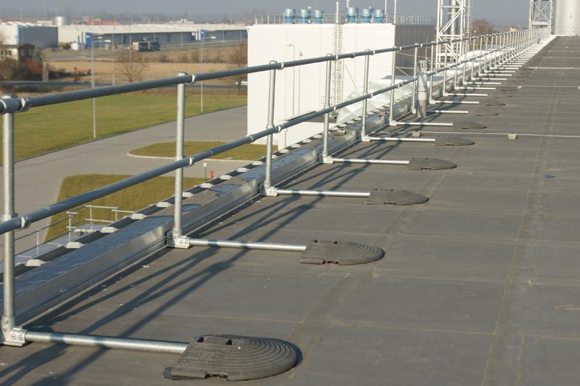 Modular Freestanding Roof Edge Protection Roof Edge