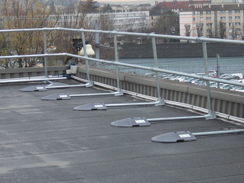 Modular Freestanding Roof Edge Protection Roof Edge