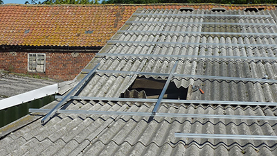 Working Safely On Fragile Roofs Roof Edge Fabrications