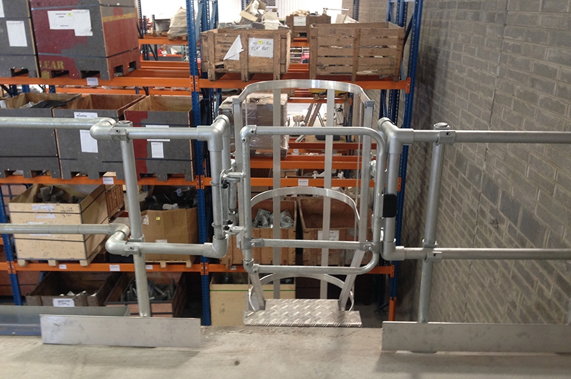 Ce Marked Self Closing Safety Gate Range Complies With En