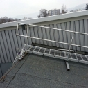Portable walkway for fragile roofs